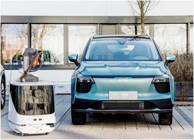 爱驰汽车智能移动充电系统获专利授权