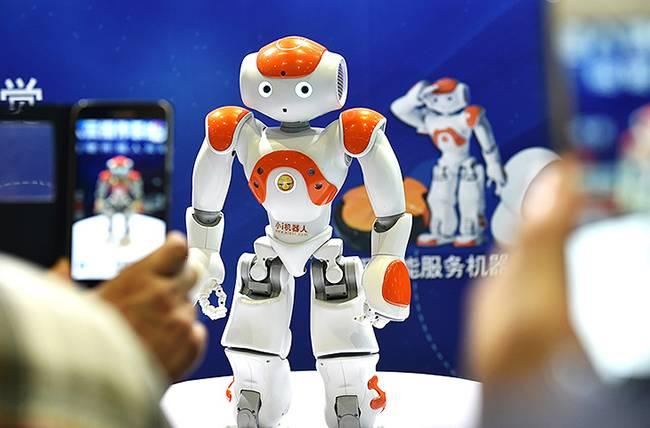 专利纠纷持续,小i机器人要求苹果公司停售iPhone