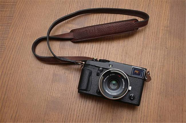 专利公布:富士相机要跨界折叠屏手机